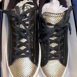 🌸NIB NINE WEST palyla sneakers